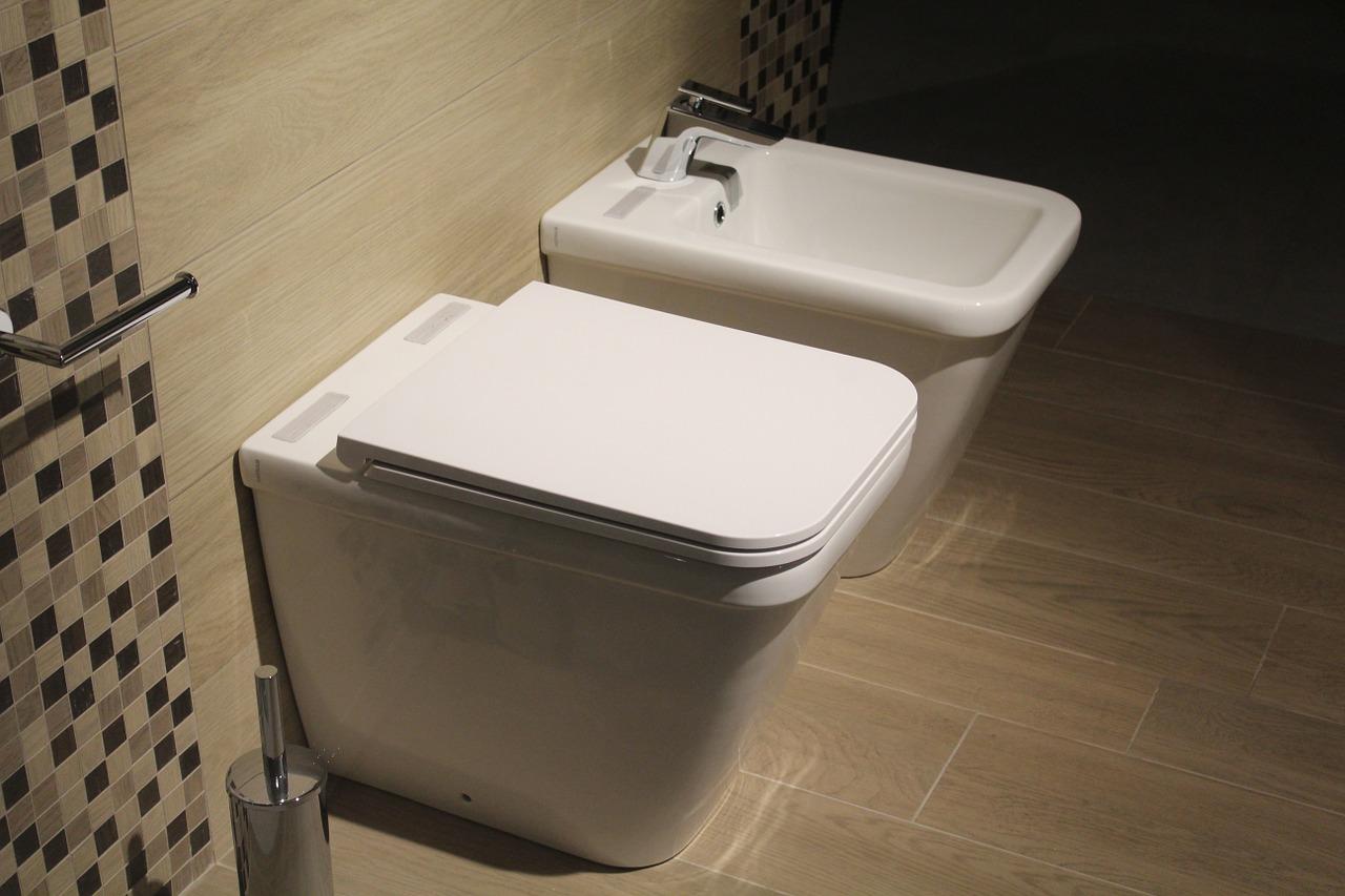 4 revêtements de sol tendances pour votre salle de bains